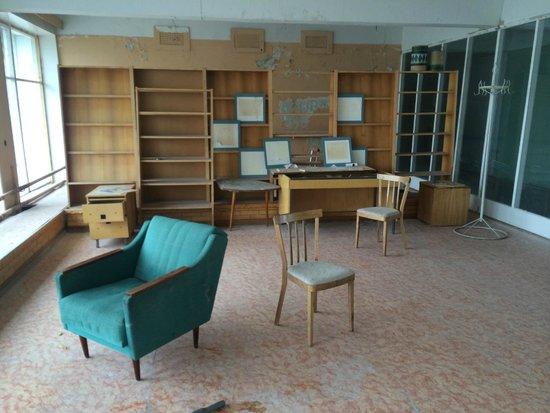 Pyramiden: A room in the abandoned culture house