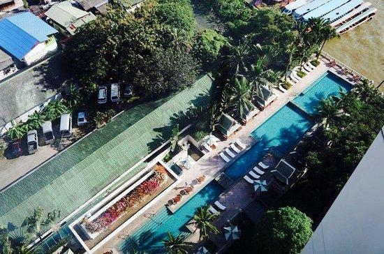 The Peninsula Bangkok: Swimming pool