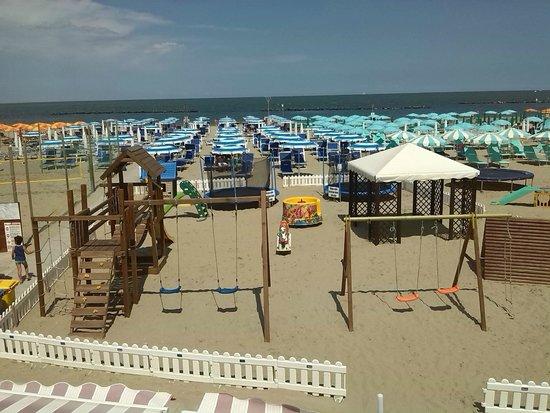 La spiaggia foto di bagno trattoria bologna porto garibaldi tripadvisor - Bagno trattoria bologna porto garibaldi ...
