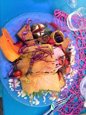 """Salade """"le pré vert"""" le 31/07/2014. Repas très très satisfaisant !"""