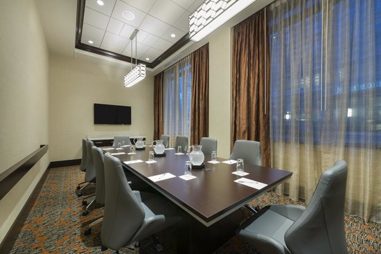 Hampton Inn & Suites Portsmouth Downtown: Meeting Room
