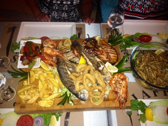 Jaffa's Restaurant Cafe and Bar: The best fish