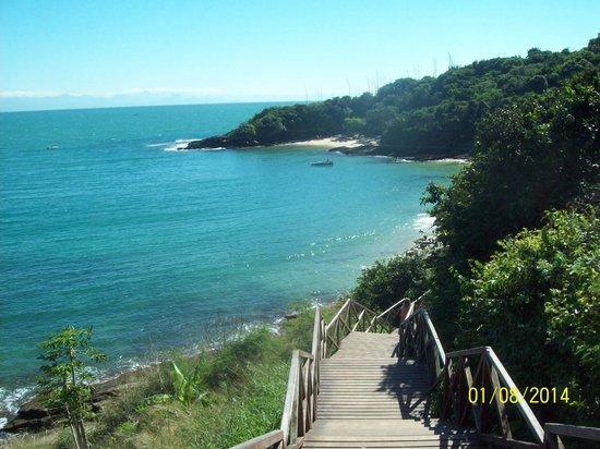 Azeda Beach : vista antes da decida das escadas.