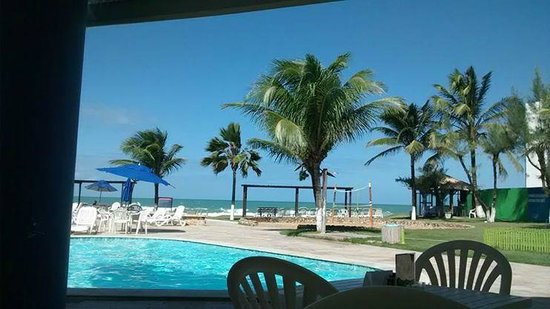 Marupiara by GJP: Vista maravilhosa piscina e praia
