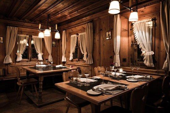 Restaurant Stuevas Rosatsch Picture