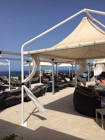 Piscina sul terrazzo - Picture of The Victoria Hotel, Sliema ...