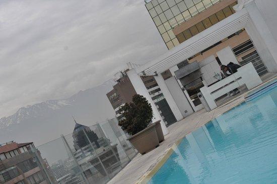 Departamento Amoblado Costa Nueva de Lyon: Area da piscina com vista para a Cordilheira