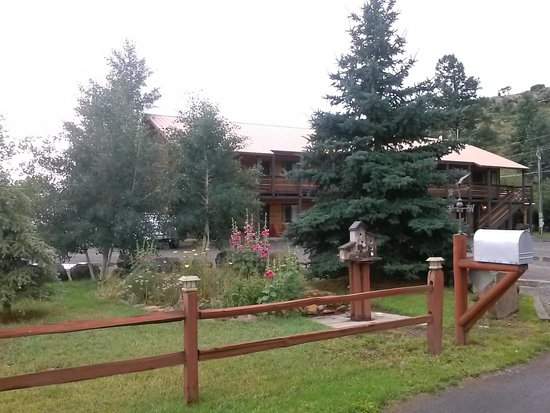 South Fork, CO: Ute Bluff Lodge
