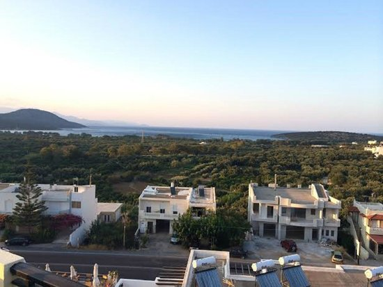 Kavousanos Apartments: View from apartments