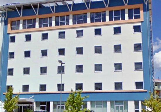 Blu Arena Hotel : Vista dal parcheggio gratuito