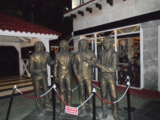 Beatles Bar: beatles