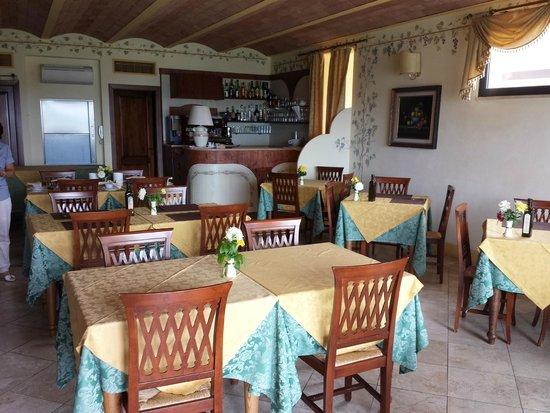 Hotel Saturno Fonte Pura: sala ristorante