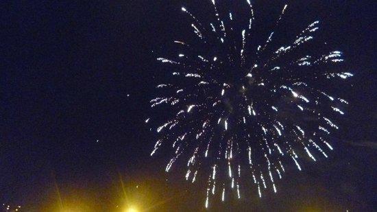 Plaza de Armas (Huacaypata): Fuegos artificiales en la plaza