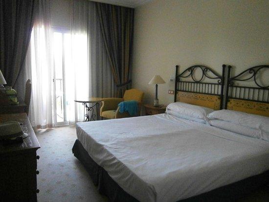 Hotel Alicante Golf : Habitación con twin beds unidas