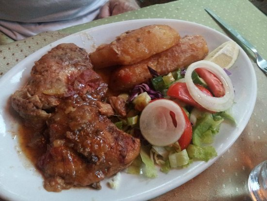 Mother's Restaurant: Chicken and pork oven special