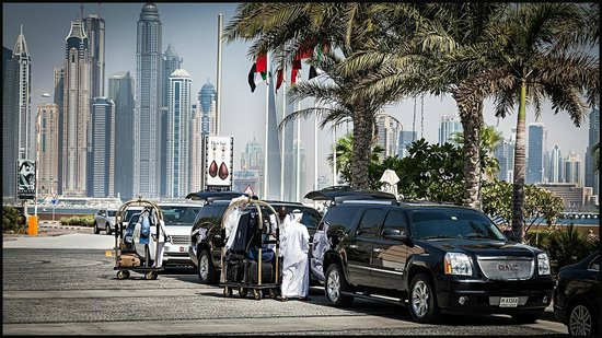 Jumeirah Zabeel Saray : JZS in front of hotel