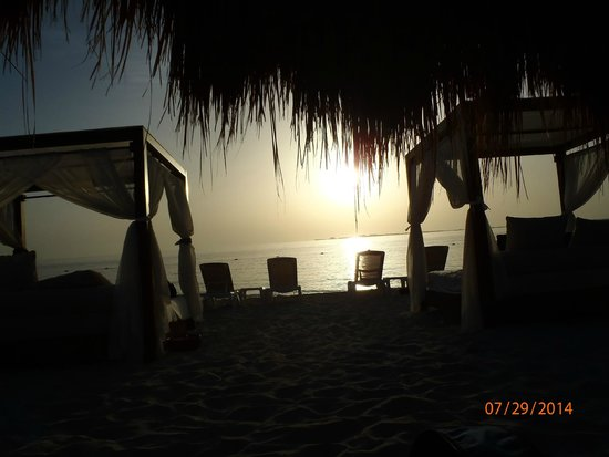 Excellence Playa Mujeres : Sunrise at the Beach