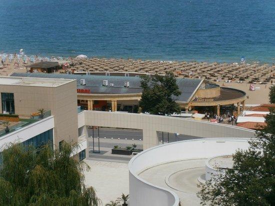 Grifid Hotel Arabella: vue de la chambre sur la mer