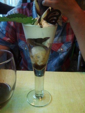 Cabanoix et Chataigne: la glace à base de noix: la cabanoix
