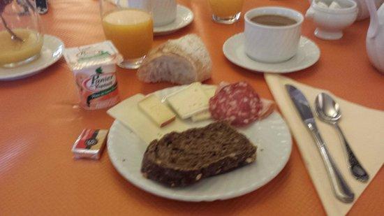 Kastelberg Hotel: Exemple de Petit Déjeuner