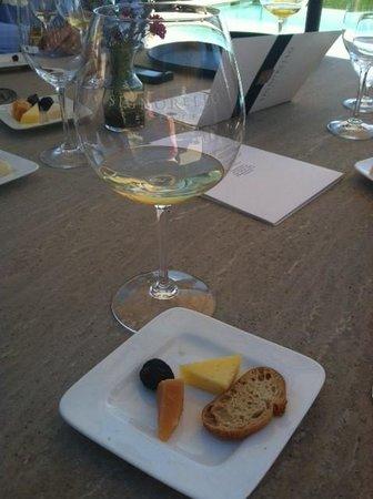 Signorello Estate Winery: Wine & cheese pairing