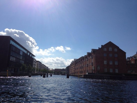 Stromma Canal Tours Copenhagen : Tour from the water view