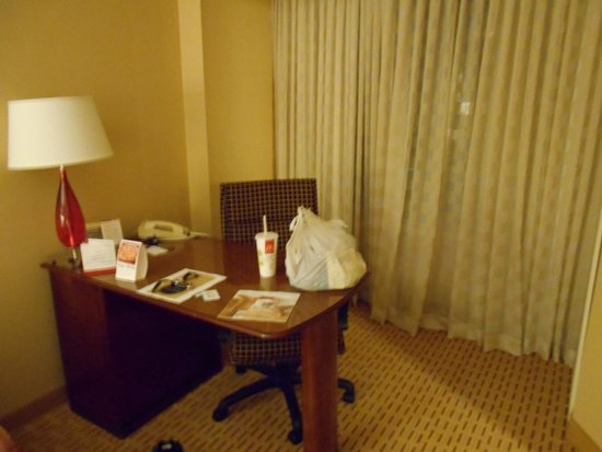Chicago Marriott Suites Deerfield : room