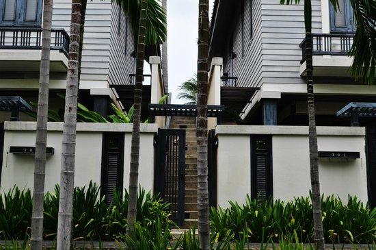 Anantara Lawana Koh Samui Resort: facade of the Villa