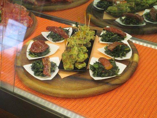 Panino Divino: plate of snacks