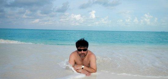 Playa Paraiso : descansando entre arena y agua