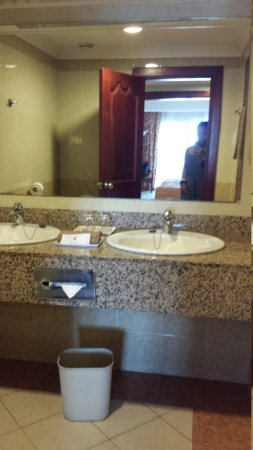 Hotel Riu Montego Bay: Bathroom