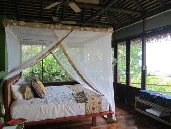 Lapa Rios Ecolodge Osa Peninsula : Inside Bungalow