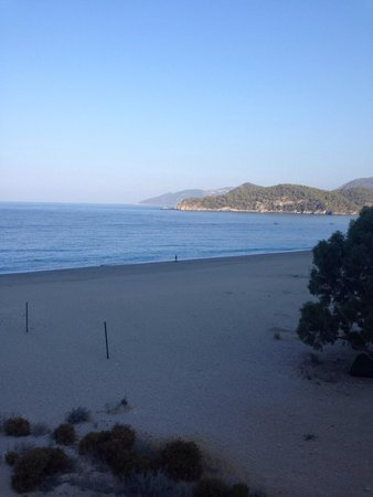 Montebello Resort : Early morning beach jog