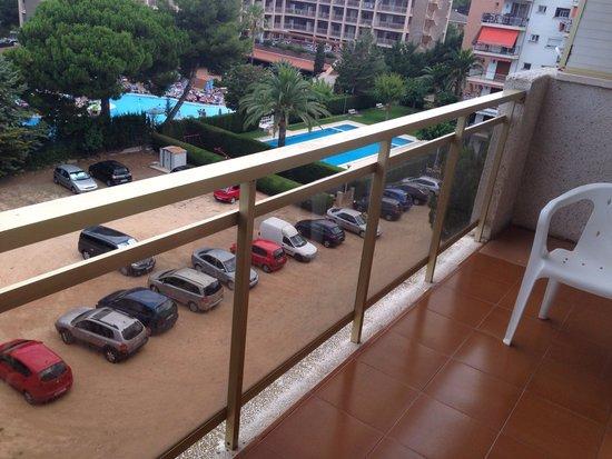 Mediterranean Suites: Wobbly balcony ????