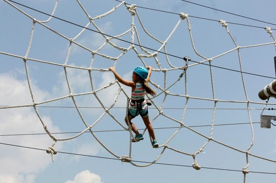 Wisp Resort: Our 7 yr old on the Spider Monkey course