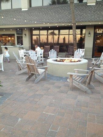 Beach House, A Holiday Inn Resort: restaurante