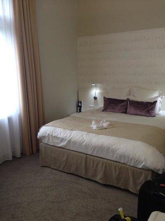 Hotel Nemzeti Budapest - MGallery by Sofitel: Superior Room