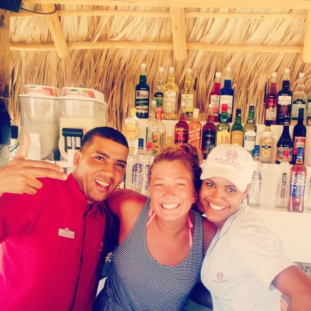 Majestic Colonial Punta Cana: The best two bartenders! love them! Juan and Maria xoxo