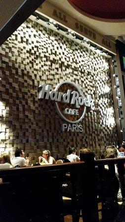 Hard Rock Cafe Paris : Dentro