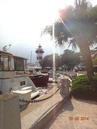 Harbour Town Lighthouse: vista farol e marina