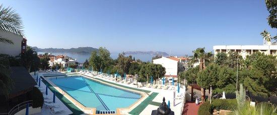 Hotel Club Phellos: The pool