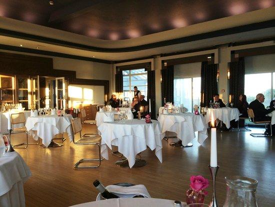 Burgh Island Hotel: Formaldining room