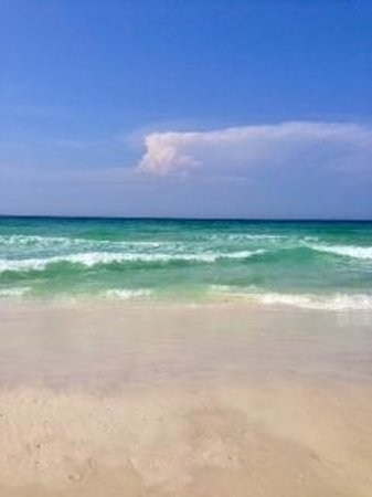 Emerald Coast Green Water Of Destin Florida Beach At Sand Piper Cove