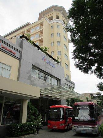 Park View Hue Hotel: Außenansicht