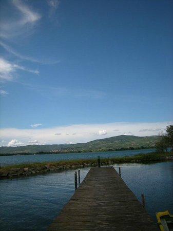 Isola Maggiore: pontile sul lago