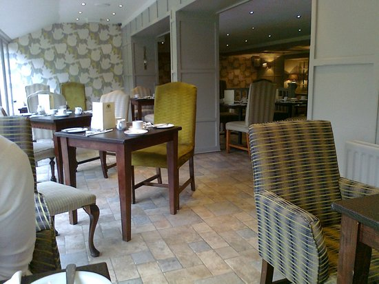 The Manor House Hotel: Dining area