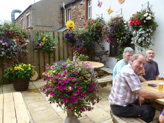 Crown and Cushion: Beautiful Beer Garden
