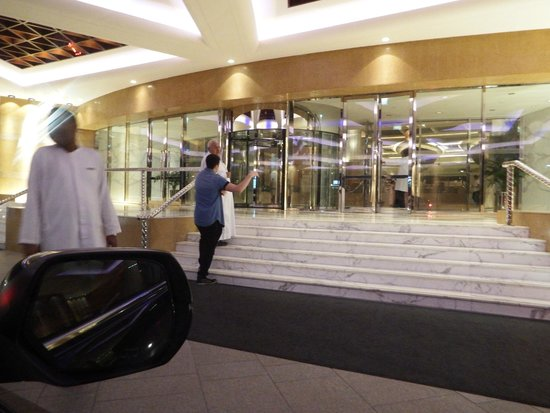 Grand Hyatt Dubai: Main entrance
