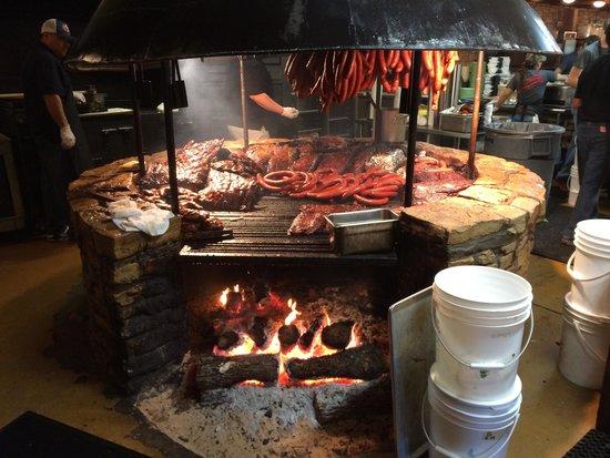 Salt Lick BBQ: Fire Pit