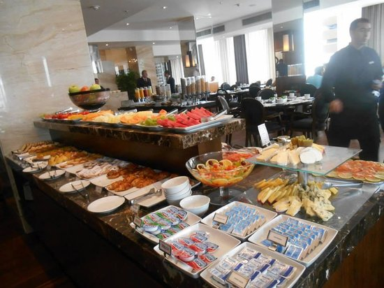 Miramar Hotel by Windsor : Une partie du Buffet